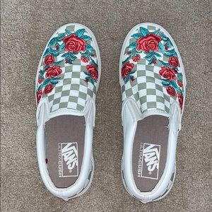 Leather Vans checkered with rose embroidery